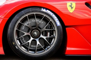 Ferrari 599XX features new aerodynamic concept