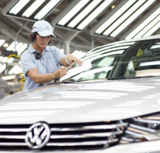 New Passat rolls out of the environmentally advanced facility at Chattanooga in Tennessee, USA