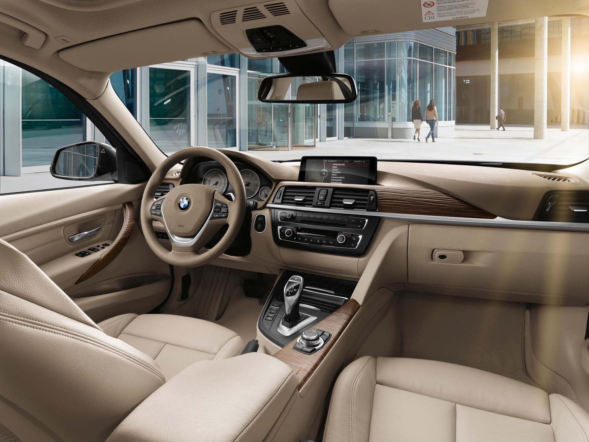 2013 bmw 320i interior male models picture - Having