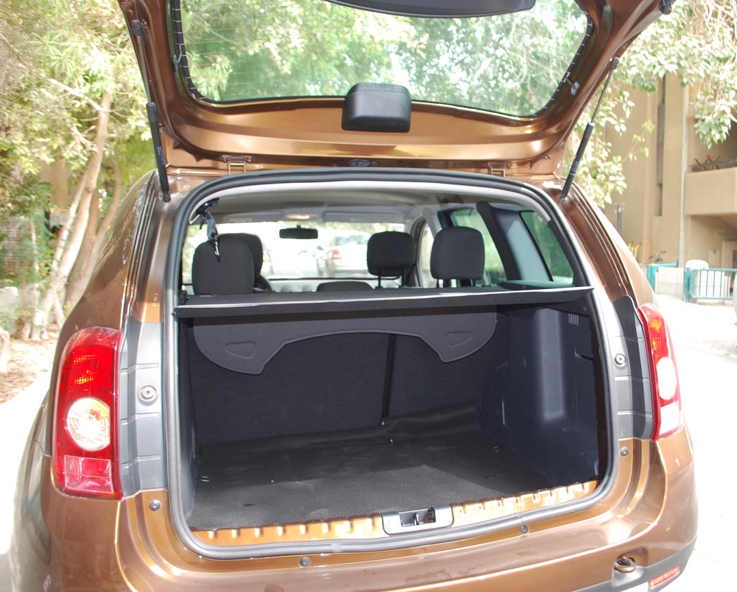 renault duster uae review auto review price release date and rumors. Black Bedroom Furniture Sets. Home Design Ideas