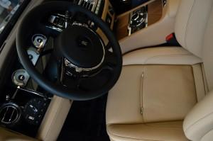 Rolls Royce Wraith luxurious cabin comfort