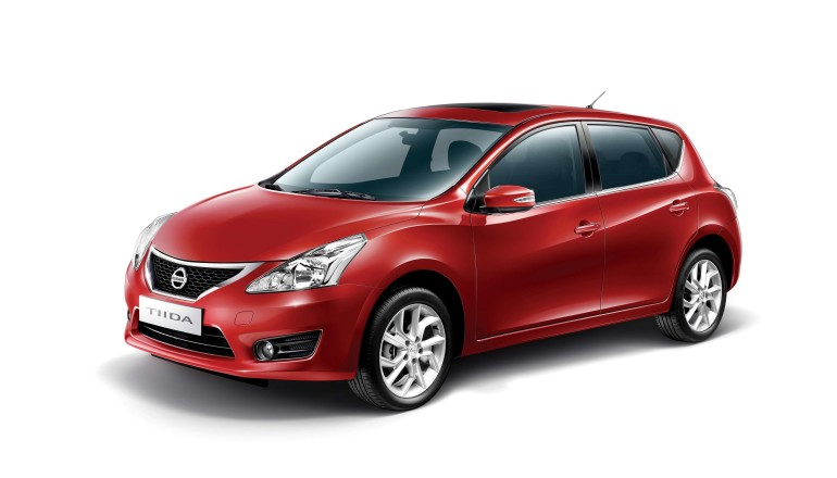 Nissan Tiida all new front