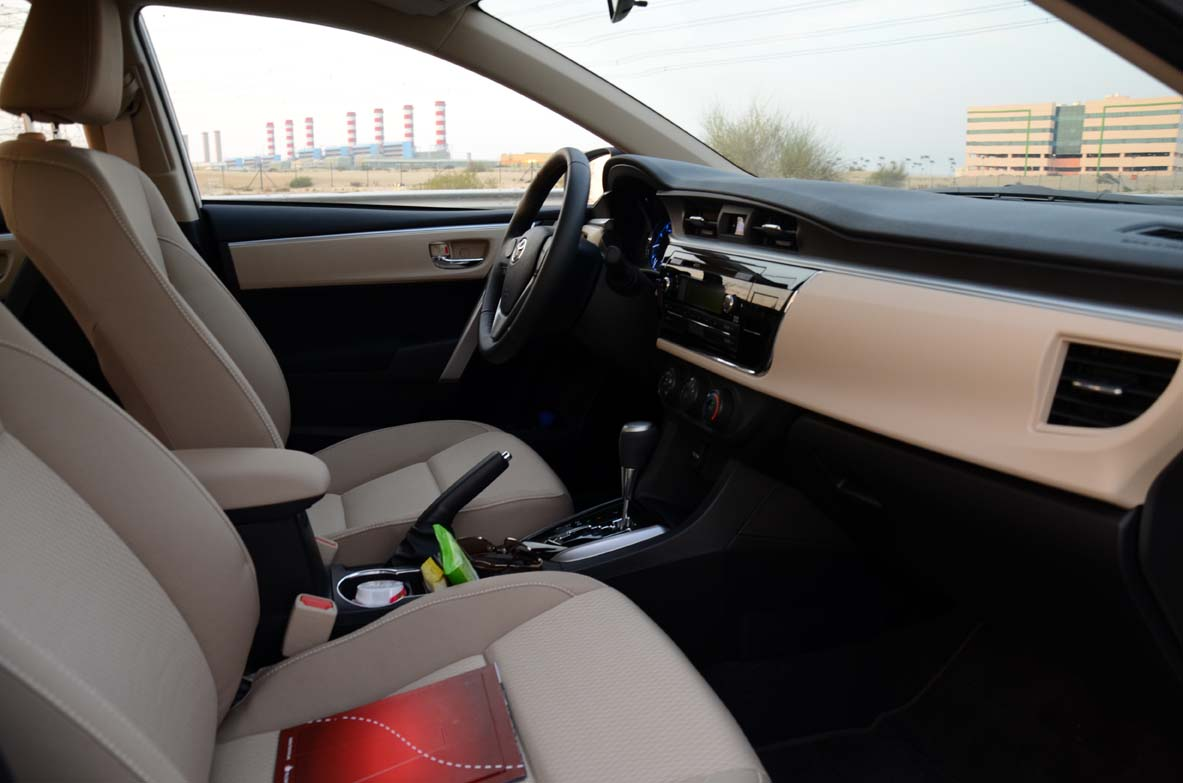 Toyota corolla 2014 first drive handling expectations - 2014 toyota corolla interior features ...