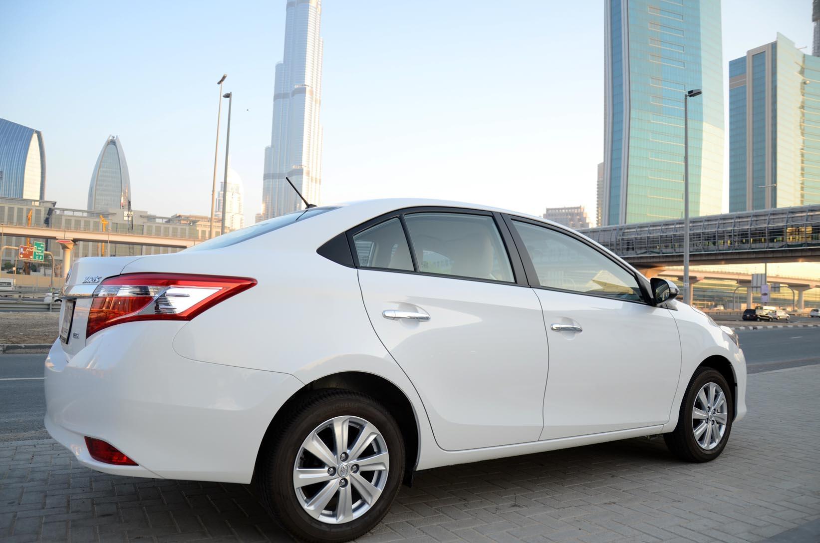 Toyota Yaris 2014 Sedan Review Basic Plus Drivemeonline Com