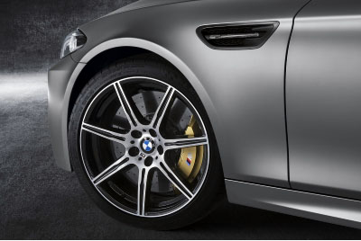 BMW M5 alloy