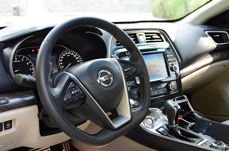 Nissan Maxima 2016 cabin
