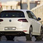 Volkswagen Golf R review image