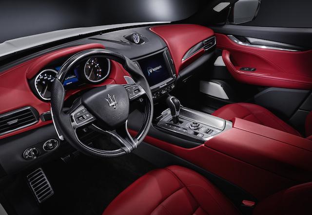 Maserati Levante cabin