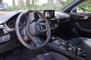 Audi A4 2016 cabin