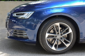 What happens to 3.0 V6? It is reserved for the S4 with the 3.0 TFSI engine delivering 354 hp and 500 Nm.