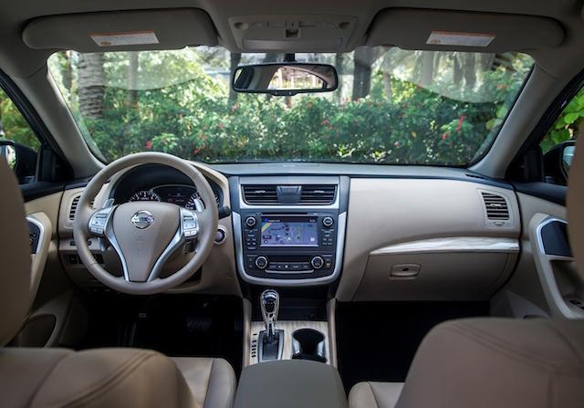 Just Arrived Nissan Altima And Navara Toyota Innova