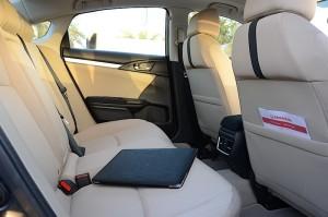 Honda Civic 2016 rear seats