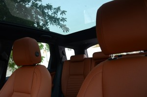 land-rover-discovery-sport-2016-sunroof