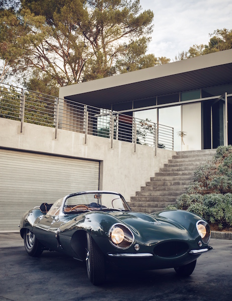 the-new-original-jaguar-xkss-makes-world-debut-in-los-angeles_30929943941_o