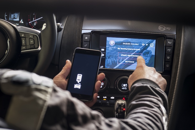 jaguar-f-type-rerun-gopro-app