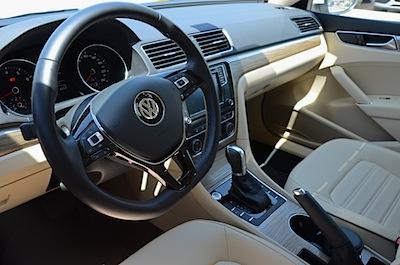 Volkswagen Passat 2016 controls
