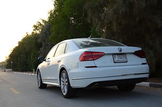 Volkswagen Passat 2016 rear