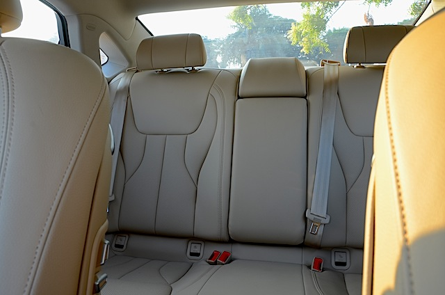 Geely Emgrand GT V6 Interiors