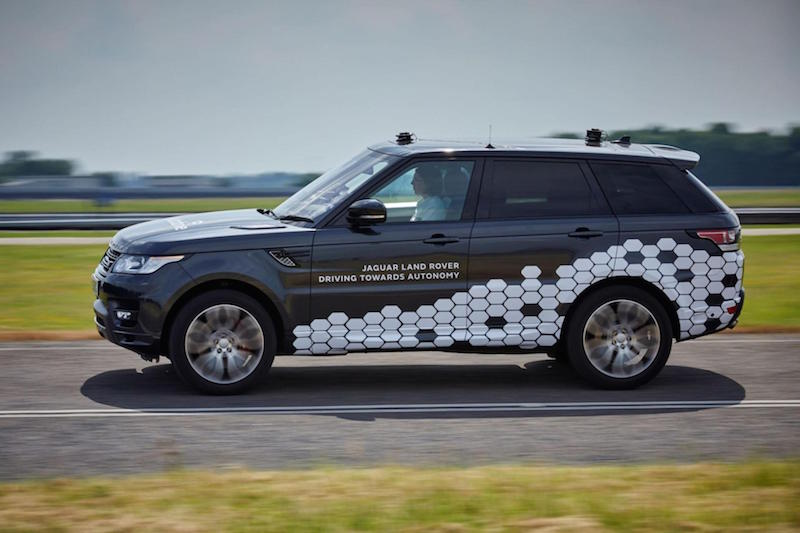 JAGUAR LAND ROVER CARS CLOSER TO DRIVING CITY STREETS AUTONOMOUSLY 1