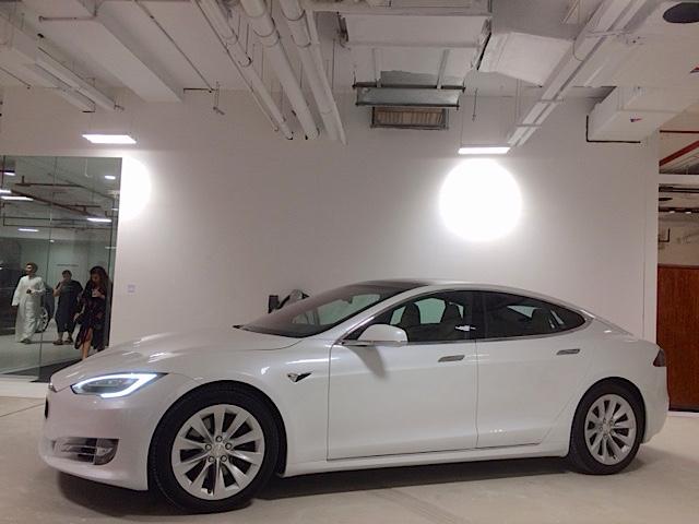Tesla showroom 2