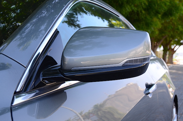 Cadillac ATS Coupe mirror