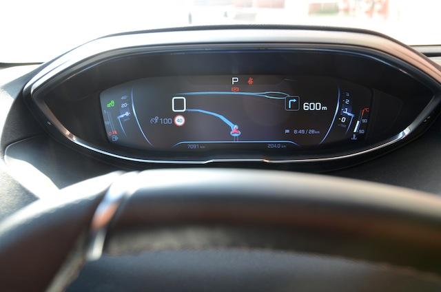 Peugeot 3008 instrument panel