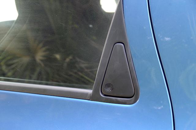 Renault Zoe rear handle