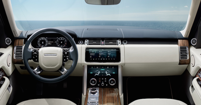 2018 Range Rover dash