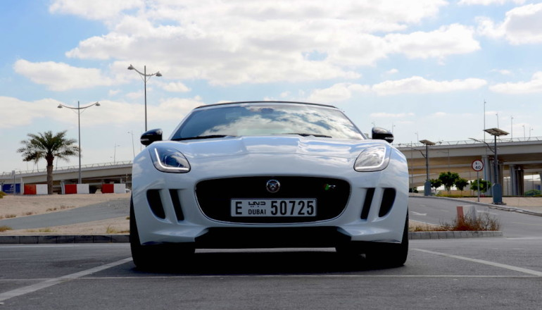 Jaguar F Type R