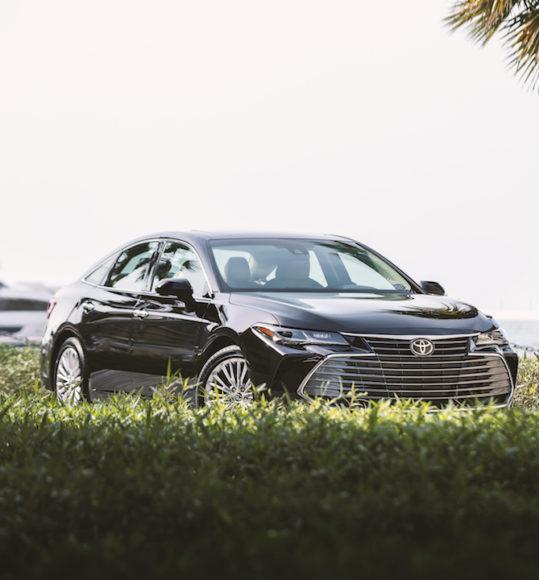 2019 Toyota Avalon: Car Reviews Test Drives UAE Dubai Abu